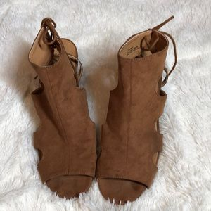Maurice's Emmy Open Toe Booties size 10